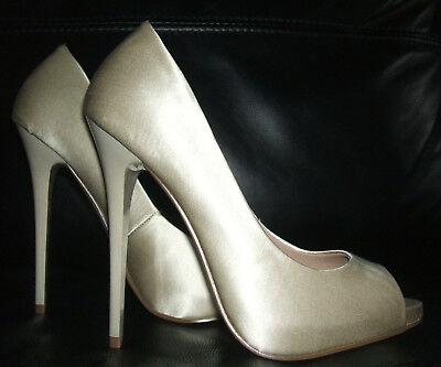 51ef74311aa8 ... 6 7 1 sur 11 Bnwb Asos Ivory Cream Satin High Heel Bridal Wedding Shoes  Size 2 3 4 5 5.5