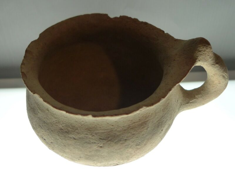 Herodian Terracotta Cup 50 BC - 150 CE Ancient Pottery 3