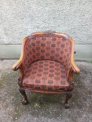 Stunning Late 19th Century Victorian Caned Ball And Claw Tub Armchair. 3