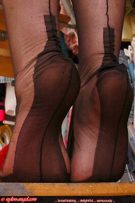 Eleganti Cuban Heel Fully Fashioned Stockings at Stockings HQ