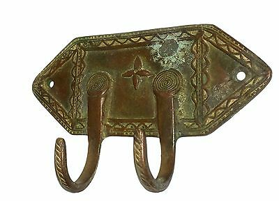 A Lovely Old &  Unique Classical Designed brass Coat Hook KEY HANGER from India 4