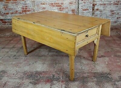 19th century French Farmhouse Pine Drop Leaf Dining Table 2