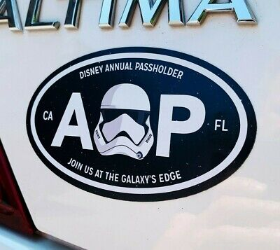 "Star Wars Galaxy's Edge Annual Passholder Black Oval Car Magnet 5"" x 3"" 9"