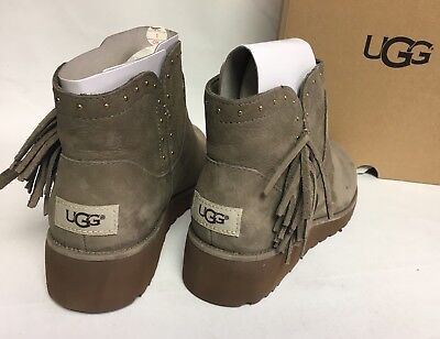 6feaf50074c UGG AUSTRALIA CINDY Fringe Spruce Womens Leather Ankle Boots Fringe 1019063
