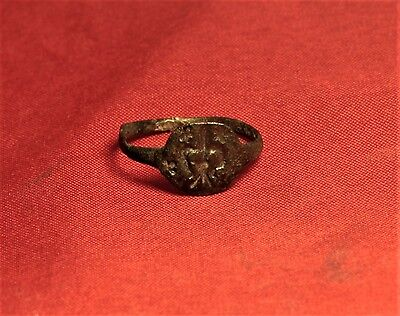 Medieval Seal Ring - Lily Seal, 12. Century