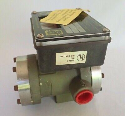 Universal 93871 Flow Monitor -70 Ltrs / Minute Lh-Zzmzb70Lm-6L-220C 9-A1Xu-Tg 5