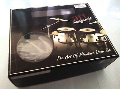 Ludwig The Beatles - Batteria in Miniatura - Miniature Drum Set - Mini Bateria 3