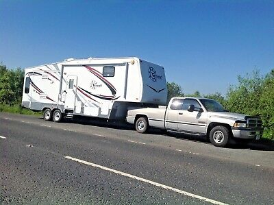 5th Fifth  wheel RV, caravan, boat & trailer towing service. Local, UK, Europe 6