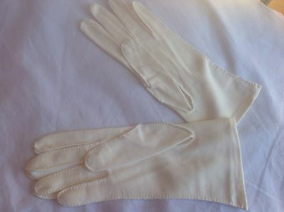 vintage gloves...cream Fabric...approx Size 7 8