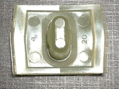 1 pc Fits 1964 Chevy front and rear door quarter panel moulding clip NOS 4418669