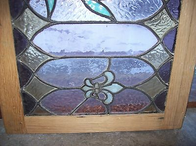 Interesting vibrant fleur de lis window stained glass  (Sg 1531) 4