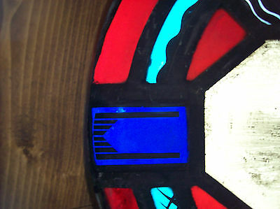 Round Symbols  Stained glass window (SG 1437) 4