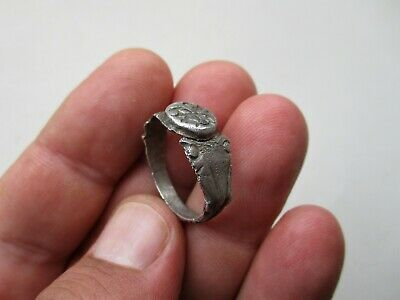 ancient late Roman silver nicely carved ring 6