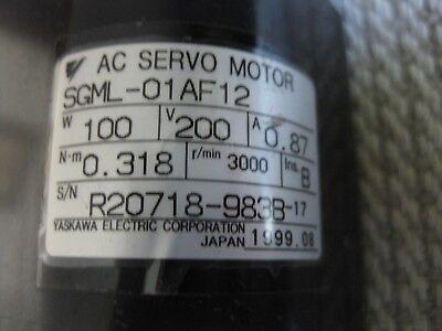 Yaskawa Electric SGML-01AF12 AC Servo Motor