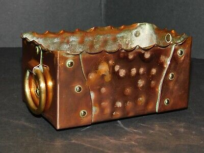 Small Arts & Crafts Hammered & Riveted Copper Trough With Brass Ring Handles 4
