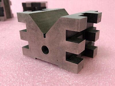 """STARRETT No. 568 PRECISION MACHINIST V BLOCK 2""""x2.5""""x3"""" 2"""