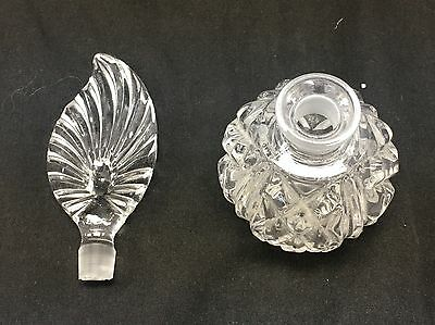 Vintage Crystal Clear Heavy Glass Feather Shape Perfume Bottle Vanity Decanter 4