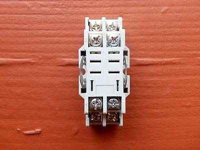Dayton 2A582 Relay Base Socket 8-Pin 10 Amp 300V