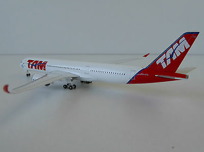 Herpa 529143  TAM Airlines Airbus A350 XWB    1:500