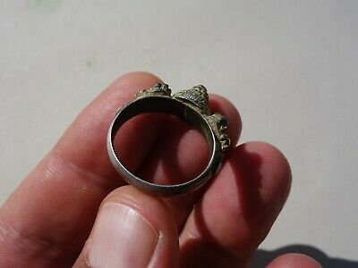 ancient Middle Ages silver - gilt ring, nicely filigree decorated 8