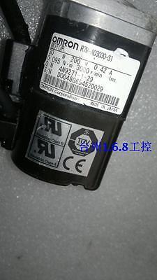 1PC  Used Omron servo motor R7M-A03030-S1