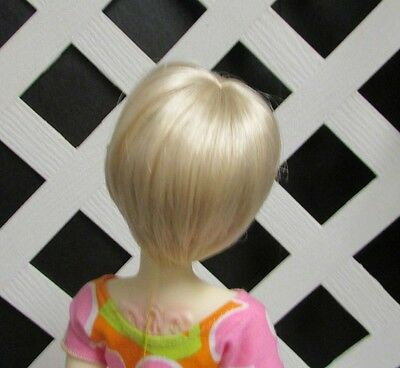 Doll Wig Monique  #102 size 8//9 PALE BLONDE Modeled diff size