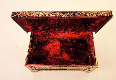 1976 Vintage Retro Metal Jewelry box, rectangular enamel box, red velvet incide 11