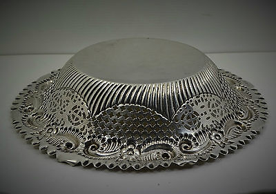 "Victorian Sterling Silver Bread bowl Repousse pierced border 9 "" M Bros 1891. 4"