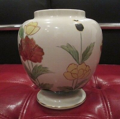 Lovely Vintage Andrea By Sadek Hand Painted Floral No 8181 Rare