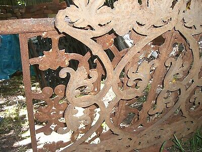 Antique Iron fence  panel Victorian Ornate  grape clusters 1880 8