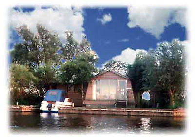 HOLIDAY COTTAGE, NORFOLK BROADS, FREE FISHING, SLEEPS 7, MoMo WiFi 2