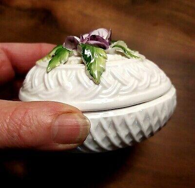 Boite œuf en porcelaine et barbotine 5
