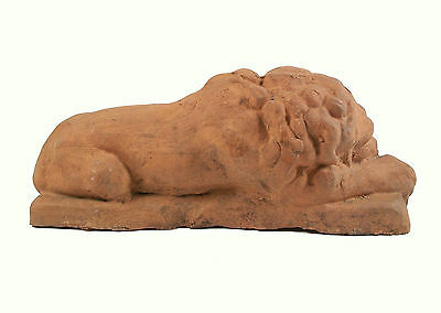 Antique Terracotta Recumbent Lions - Continental - Late 19th/Early 20th Century 3