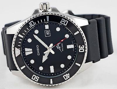 Reloj Nuevo Casio MDV-106-1AV Hombres Análoga 200m WR Día Fecha Resina 2