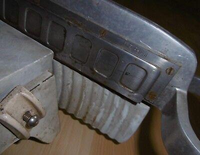 wurst / käse aufschnitt hebel maschine REWEBO alt schneider D.R Patent top  deko