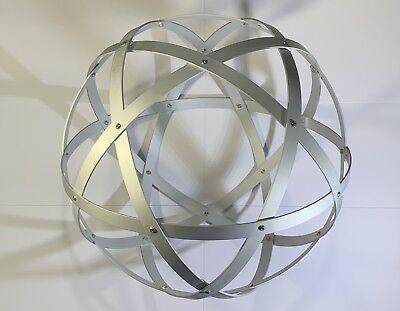 Genesa Pentasfera diametro 31 cm satinato argento profilo 1,5 cm + ciondolo 7