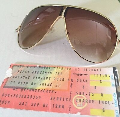 1a55c5b7f3 ... Michael Jackson Worn Concert Sunglasses Victory-Tour-1984 3