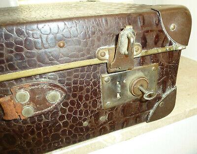 Real Volcano Fibre Suitcase um 1910 Vulcanised Fibre Travel Cases 8
