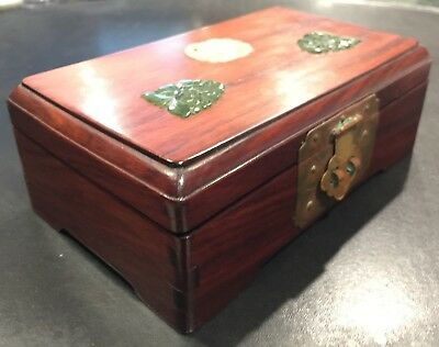 Chinese Rosewood Box with Jade Pieces on Top 5