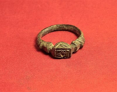 Fine Medieval Rooster Seal Ring. 14. Century, Finger Ring