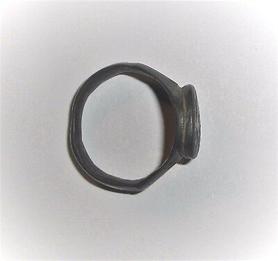 Ancient Byzantine Empire, 8th - 10th c. AD. Bronze Ring 3