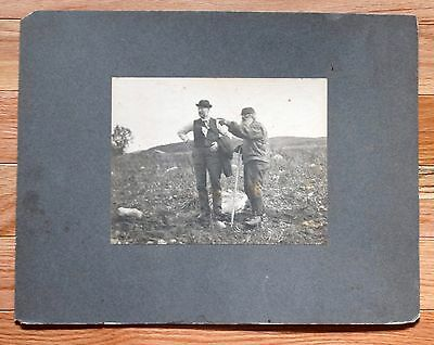 Antique Engraving EARLY 1900s LATE 1800s TWO MEN IN A FIELD OOAK Beautiful 2