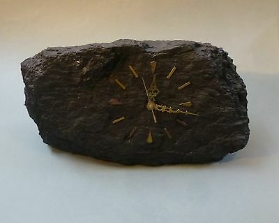 Unikat Uhr aus Kohle Steinkohle Bergmann Bergbau Batteriewerk groß 39 cm breit 2