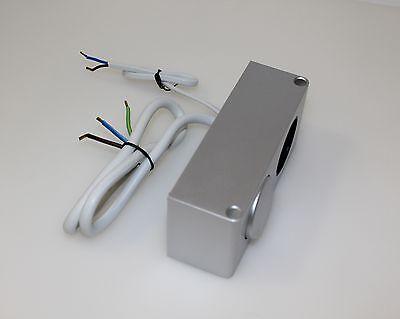 kombi box 230v mit schalter steckdose spiegelschrank. Black Bedroom Furniture Sets. Home Design Ideas