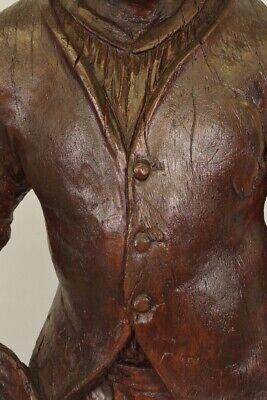 Escultura de Madera Siglo XVIII Siglo Hombre de Traje y Sombrero 10