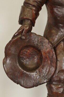 Escultura de Madera Siglo XVIII Siglo Hombre de Traje y Sombrero 11