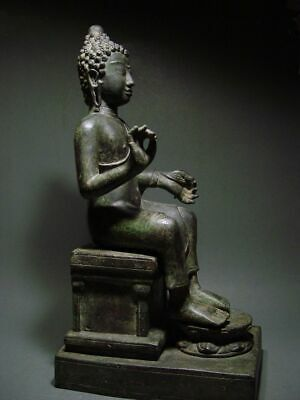 ENTHRONED BRONZE MON DVARAVATI BUDDHA 'EUROPEAN STYLE'. BURMA INFLUENCE 17/18thC 8
