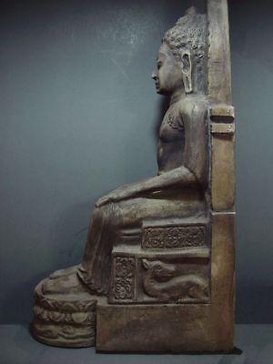 ENTHRONED BUDDHA 'EUROPEAN STYLE' SANDSTONE STONE. MON DVARAVATI PERIOD 11/12thC 8