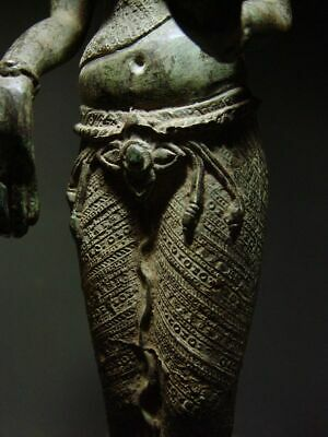 ANTIQUE BRONZE KHMER CELESTIAL HINDU GODDESS, PALA INFLUENCE. 19/20th C. 11