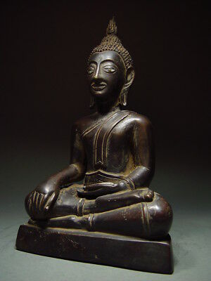 BLACK BRONZE MEDITATING CHIENGSAEN BUDDHA. ISAAN TEMPLE RELIC. NORTH THAI 19th C 2